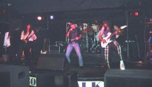 Baileys Comet with TONY MARTIN